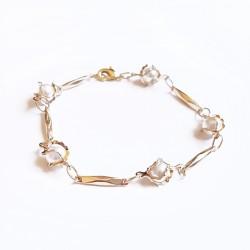 Bracelet chaîne, 5 perles...